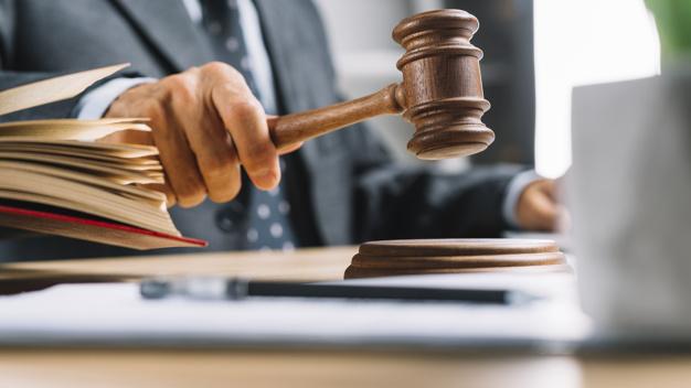 La loi punit les infractions